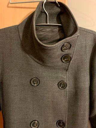 Abrigo gris ZARA, talla L