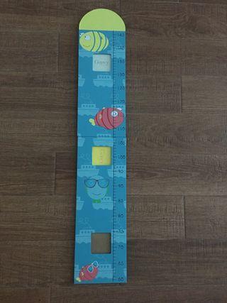 Medidor de madera para niños