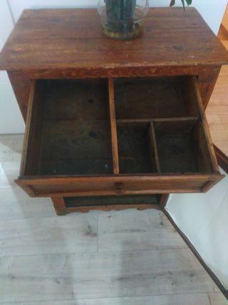 moble de fusta antic