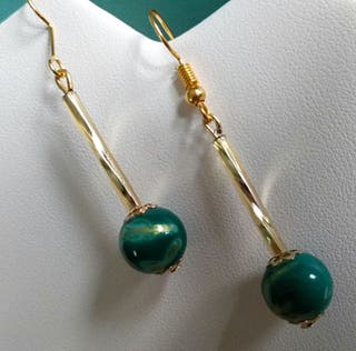Vintage style pierced earrings
