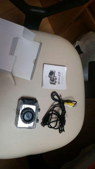 cámara video y foto acuática deportiva