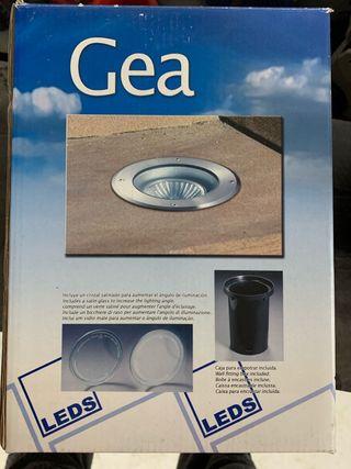 Foco LED exteriores GEA c4. Sin estrenar. Tengo 11