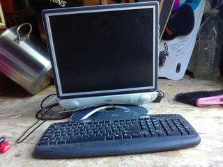 pantalla ordenador pc y teclado