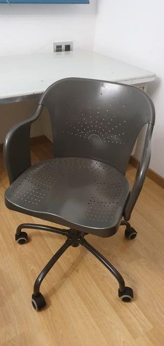 Silla oficina Roberget Ikea