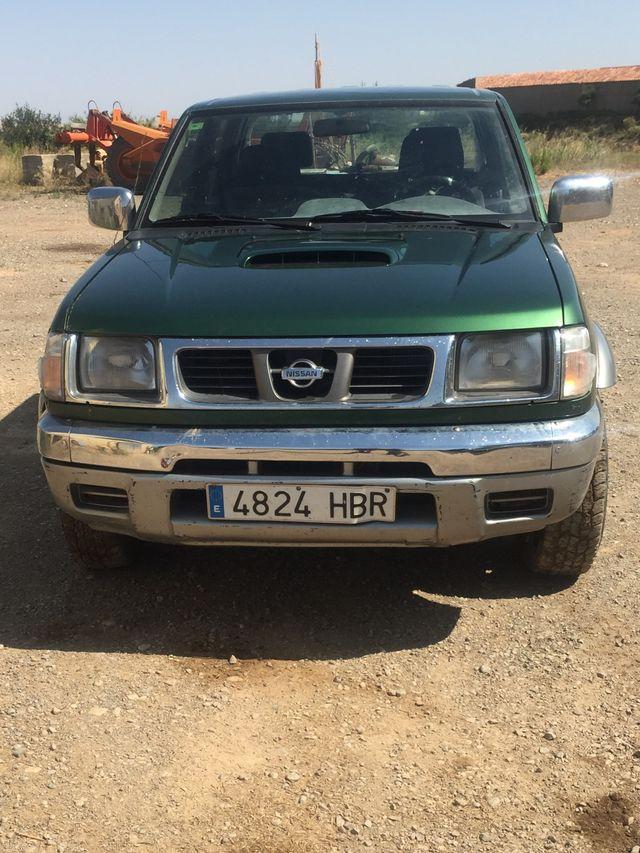 PICK UP Nissan Navara 2000- Todoterreno