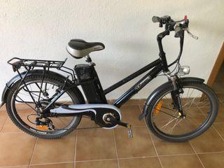 Bicicleta eléctrica, montaña o ciudad