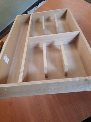 Cubertero de madera. Ikea
