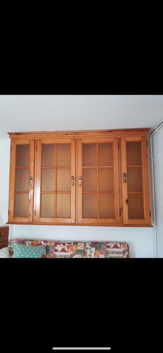 Mueble vitrina comedor madera maciza