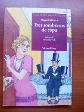Libro escolar Tres Sombreros de copa