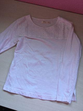 Camiseta niña talla 6-7 años.