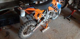 moto de cross 65 KTM.