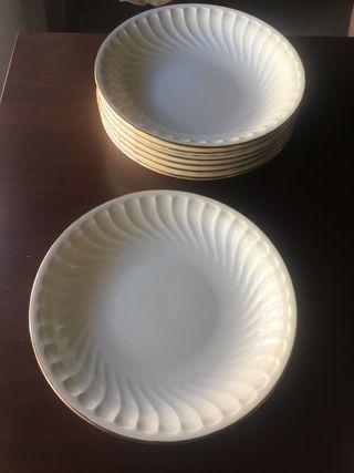 Plato hondo de porcelana La Pontesa