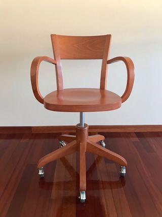 Silla de escritorio de madera