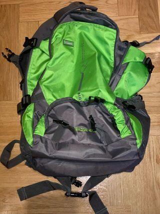 Mochila Kelnoshi verde 45 litros ideal viaje