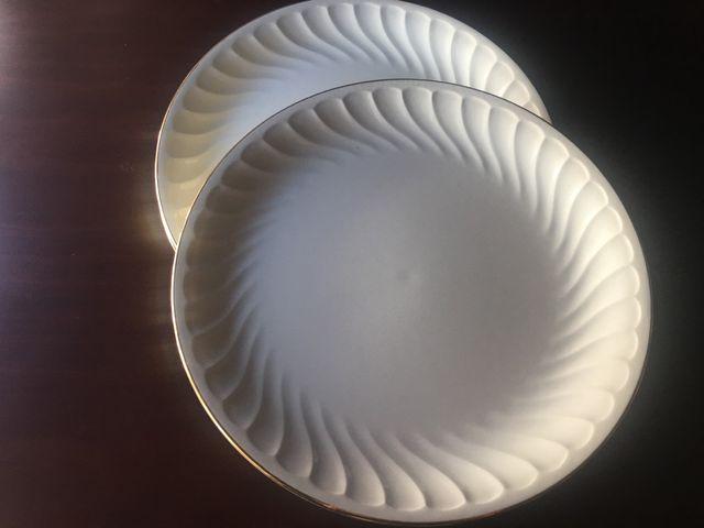 Plato llano de vajilla porcelana pontesa filo oro