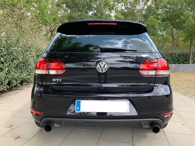 Volkswagen VW GOLF VI GTI 2010 NACIONAL