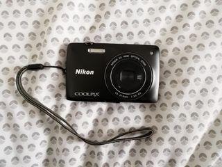 Appareil photo Nikon S4200