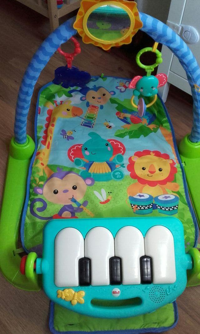 Gimnasio bebe Piano pataditas