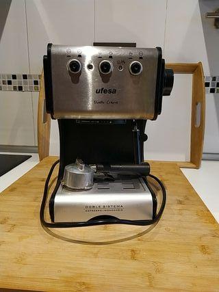cafetera espresso y monodosis