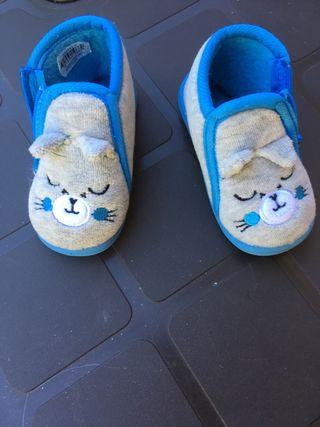 Zapatillas niño t.20
