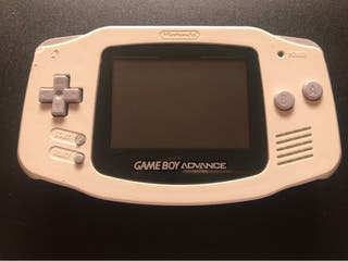 Game Boy Advance + 1 Juego