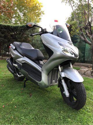 Scooter tgb xmotion 125cc 4 tiempos año 2009
