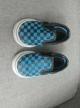 zapatillas deportivas vans bebé talla 21