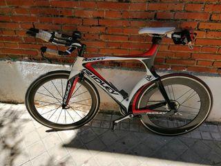 bicicleta triatlon cabra