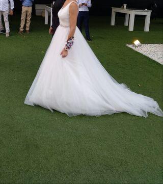 Vestido de Novia Adriana Alier con Cancan