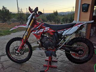 se vende Gas Gas ec300 Racing 2011