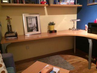 Mesa de estudio rinconera