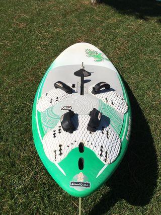 Equipo de windsurf SEMI - NUEVO! 2 usos