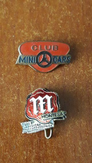 Dos insignias antiguas de Montesa y mini cars