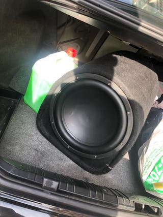 Subwoofer bombo coche
