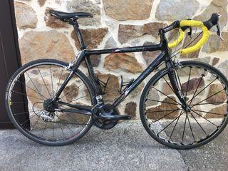 Bicicleta carretera trigon full carbono