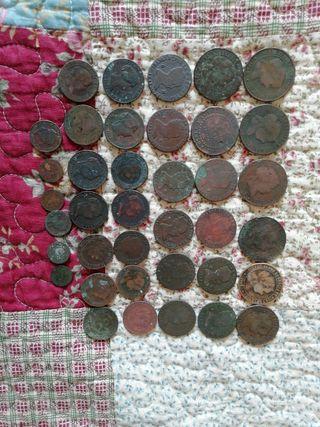 33 monedas de Isabel II