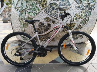 Bicicleta Specialized Myka 26