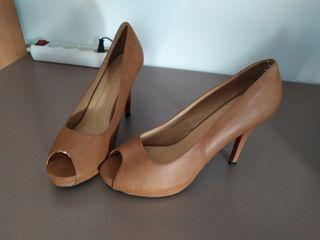 Zapato salón.
