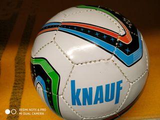 Balones de fútbol.