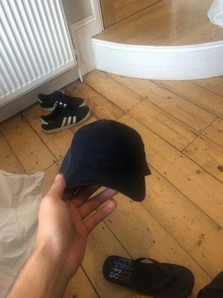 set of caps