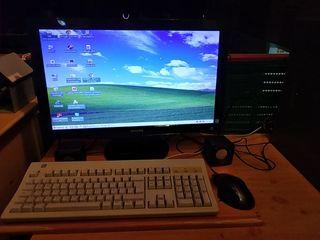 pc completo con monitor teclado y raton