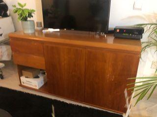Mueble cómoda de madera maciza de cedro