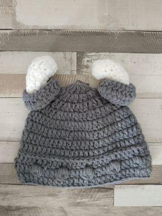 Gorrito bebé Vikingo