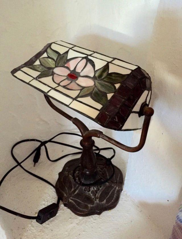Lámpara sobremesa tiffany