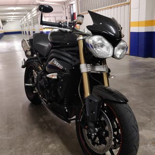 TRIUMPH SPEED TRIPLE 1050. 6000 KMS