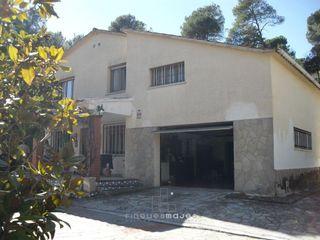 Casa en venta en Vacarisses