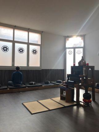 Escuela de meditación y templo zen