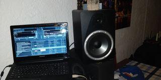 monitores M-Audio Bx8a studiophile
