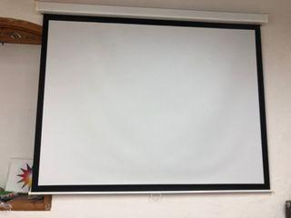Se vende 1 pantalla de proyector
