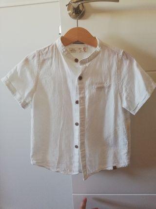 Camisa blanca niño manga corta. Talla 98.
